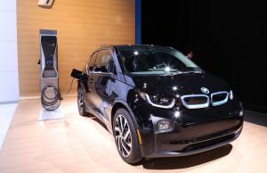 BMW i3 REx: Value Package (ZIR)