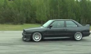 BMW F10 M5 или V10 BMW E30 M3