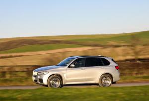 BMW отзовет 200 000 внедорожников