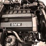 Автомобили ВАЗ 2191 и BMV E34 — выбор очевиден